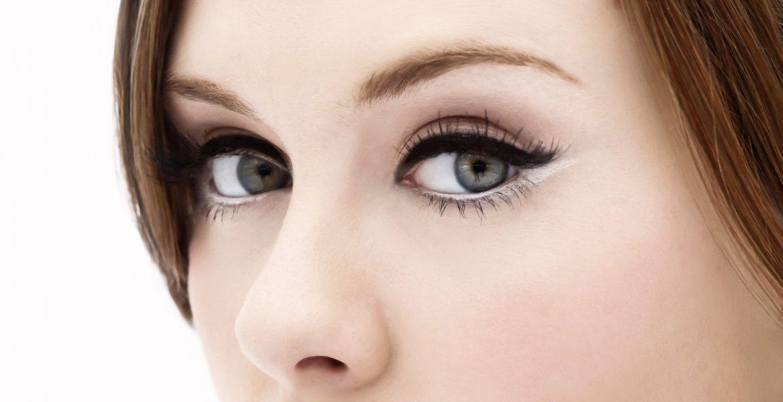 Big eyes make up